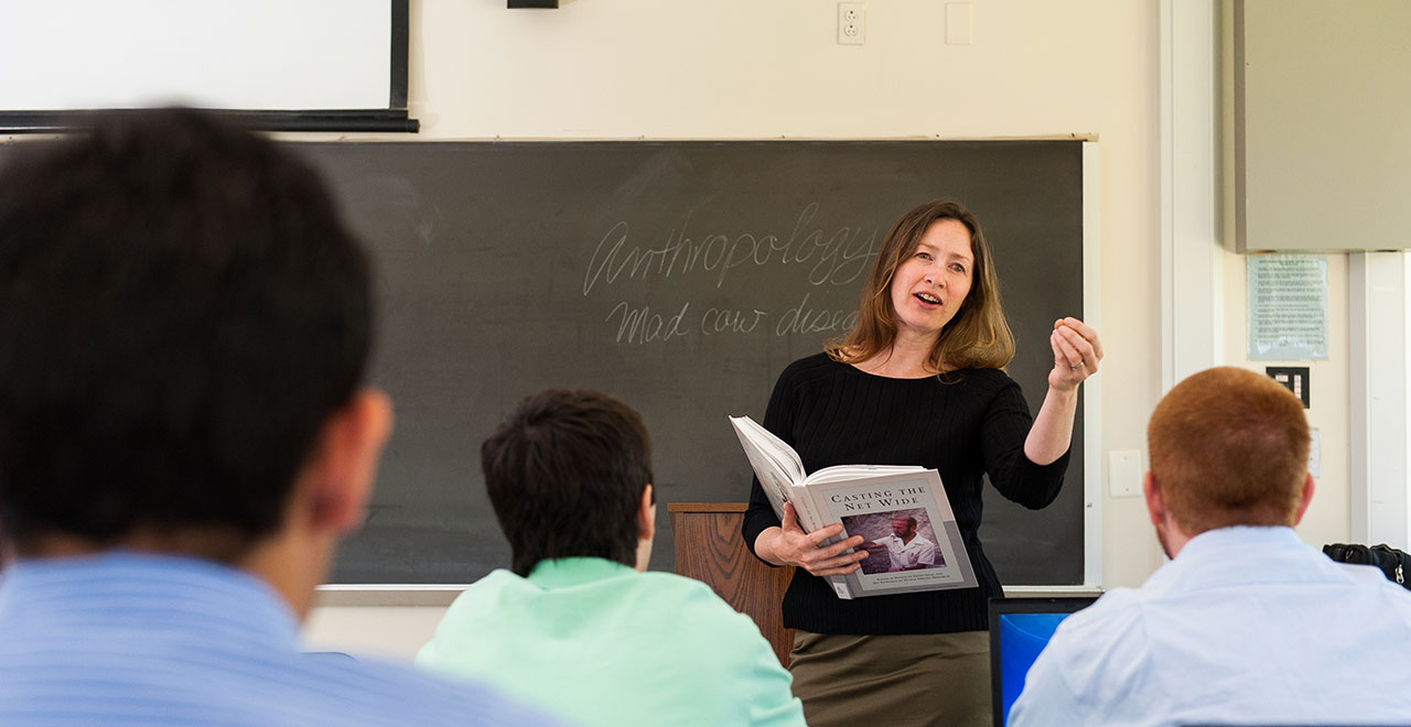 Rhonda Quinn, Ph.D., Teaching a Course at Seton Hall University